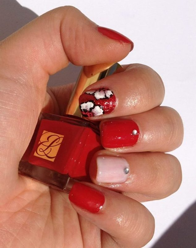 Roses For my Valentine nail art by Sparkle  And Love