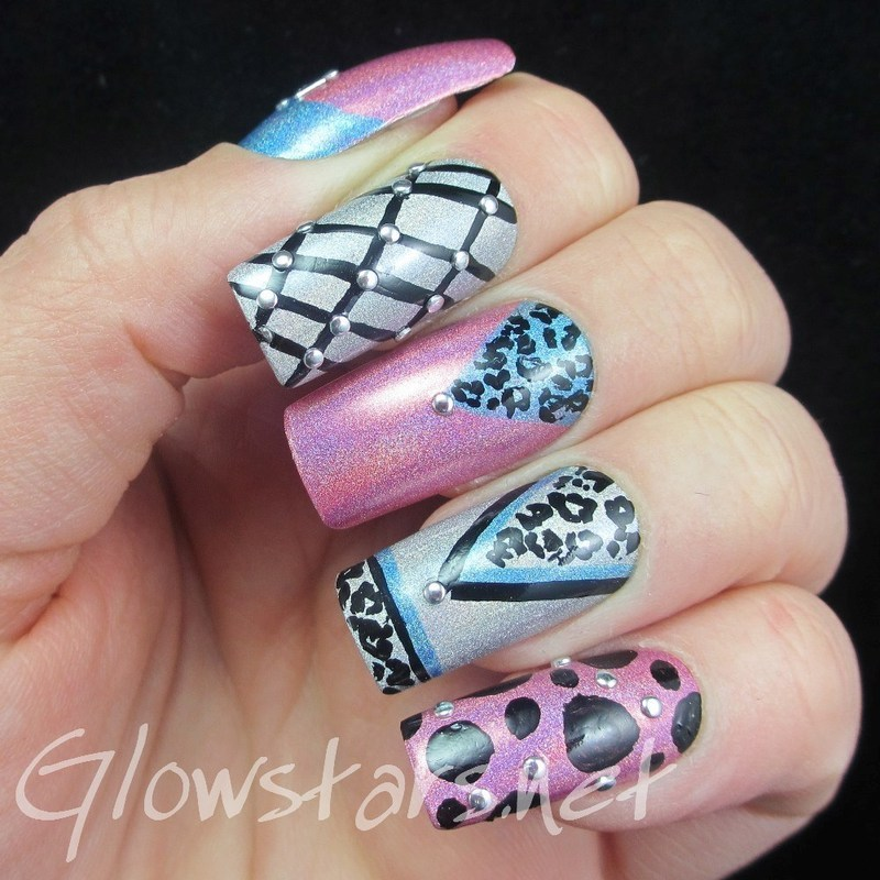 Hours pass, days pass, time stands still nail art by Vic 'Glowstars' Pires