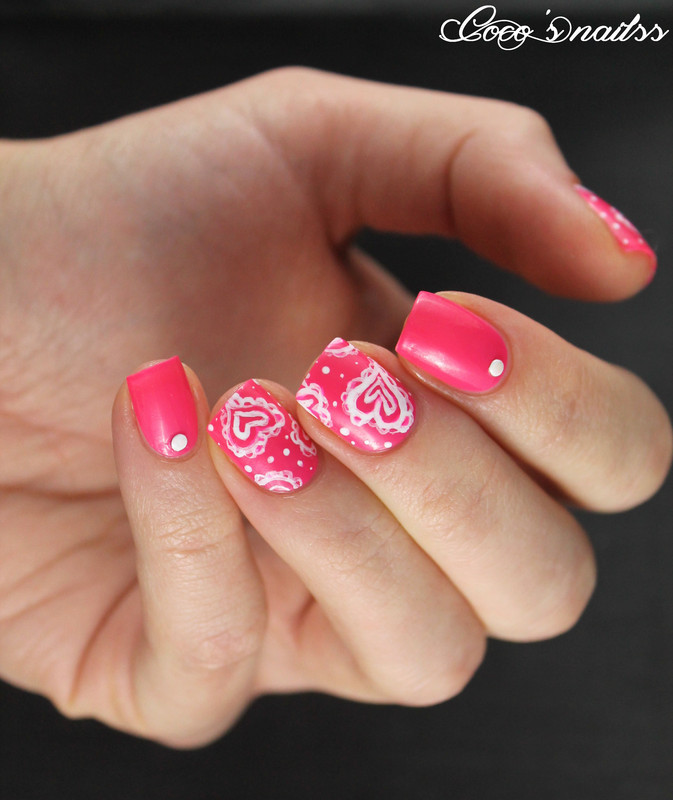 Paisley hearts for Valentine's nail art by Cocosnailss