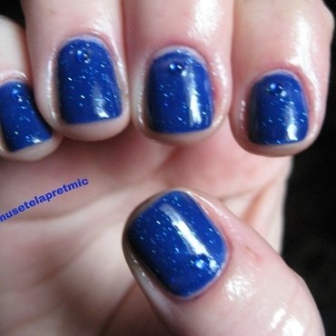 deep blue nail art by Frumusetelapretmic
