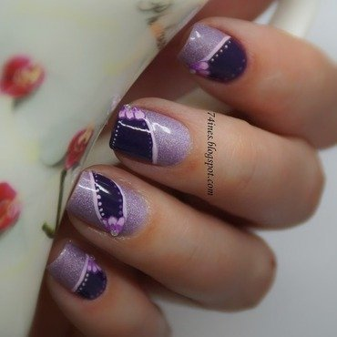 violet flower nail art by 74ines