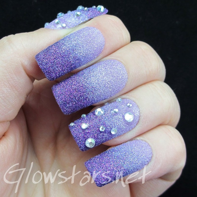 I don't wanna feel this strong if it makes me weak nail art by Vic 'Glowstars' Pires