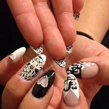 Snow leopard  nail art by Annie