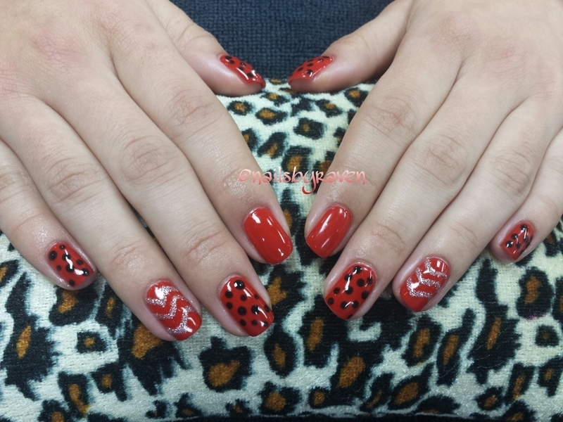 Lady bug-ish nail art by Raven