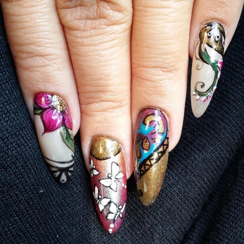 Art Nouveau nail art by NOMA