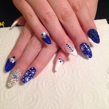Winter Blues nail art by Laura