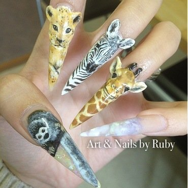 RAWR!  nail art by Caroline *Ruby* Ostling