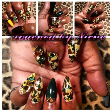 Camouflage Nails nail art by Niche