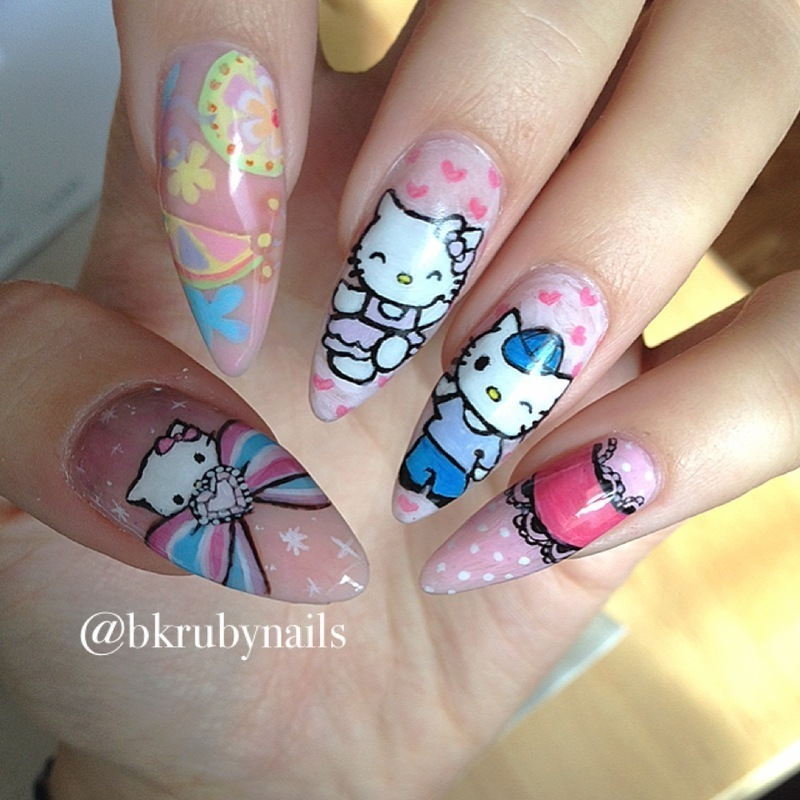 Hello Kitty love nail art by Caroline *Ruby* Ostling