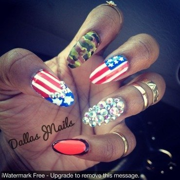 Twist of 4th of July  nail art by Dallas