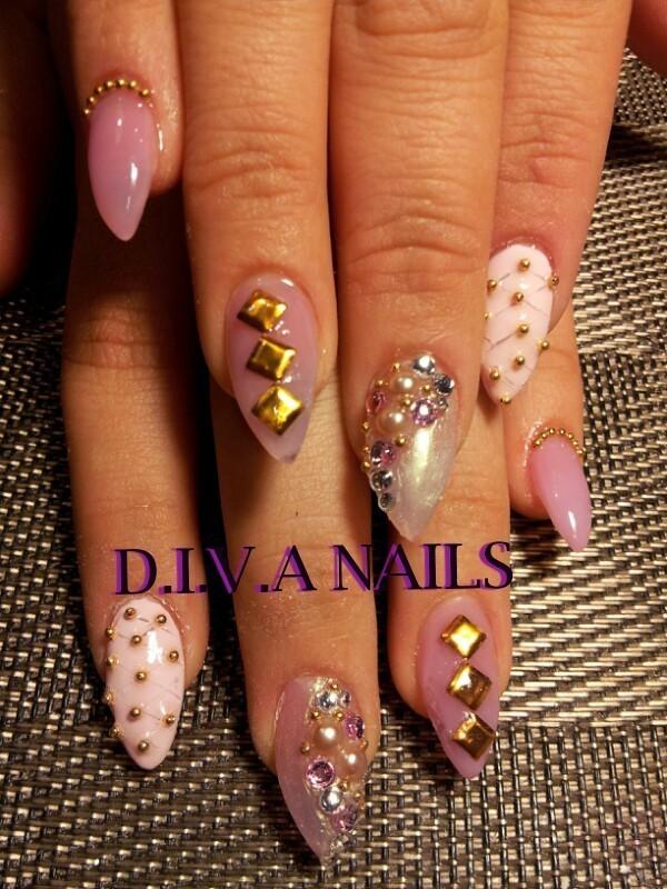 classy girl nail art by Adriana Avila