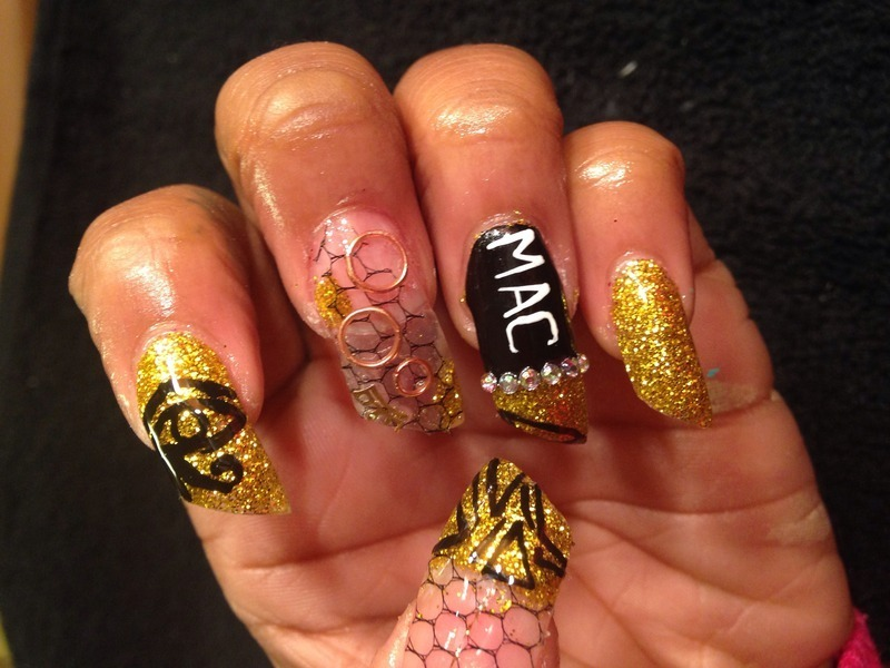 Egyptian nail art by Chelsea