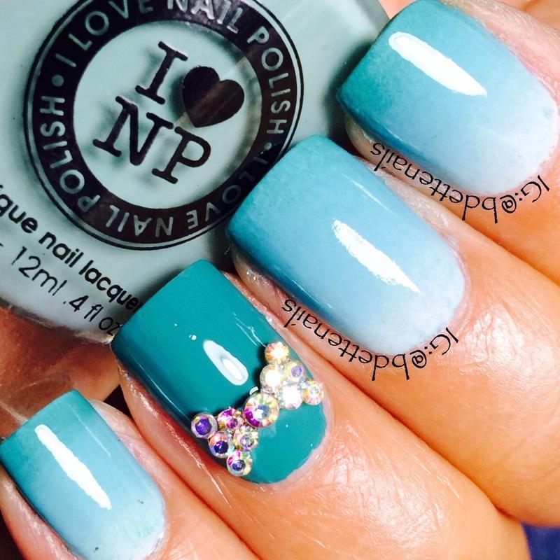 Missing Summer nail art by @bdettenails