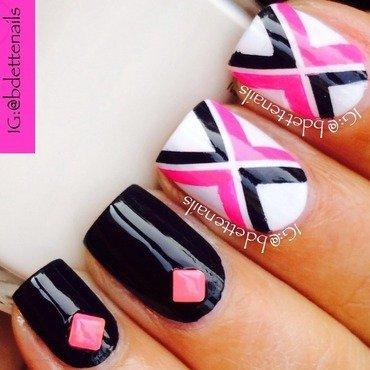 X Marks The Spot nail art by @bdettenails