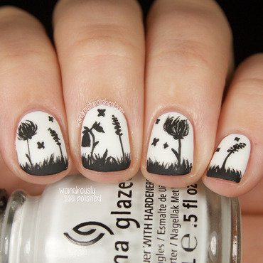 Monochrome Flowers nail art by Lindsey W