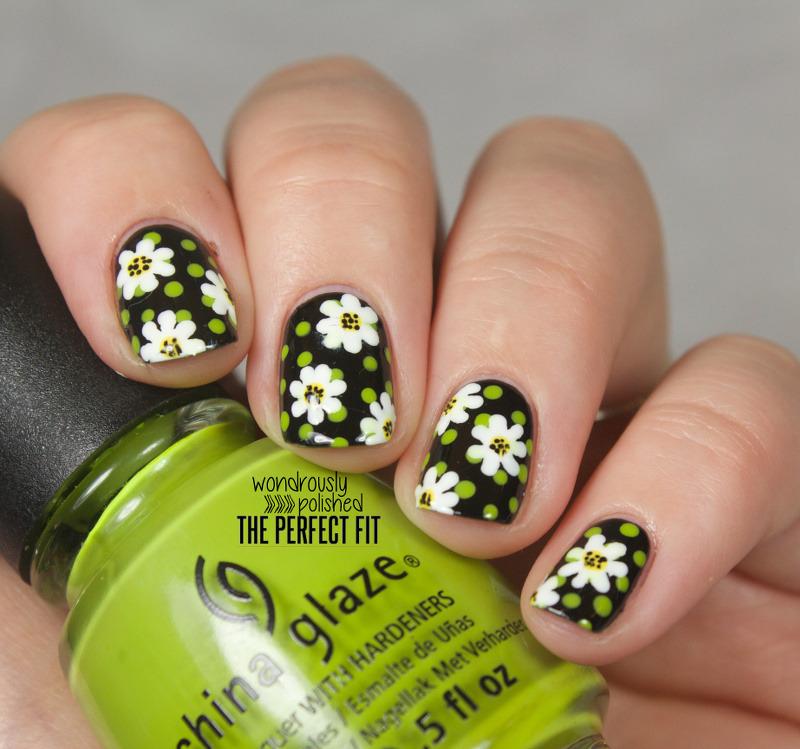 Daisy Daze nail art by Lindsey W