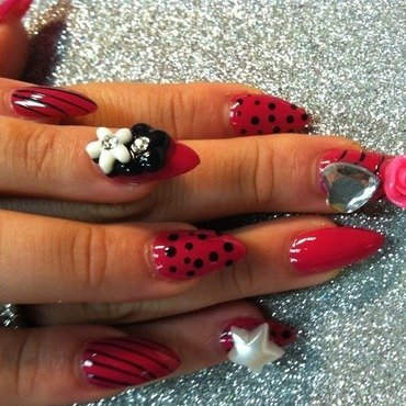 inspiration nail art by Vicki