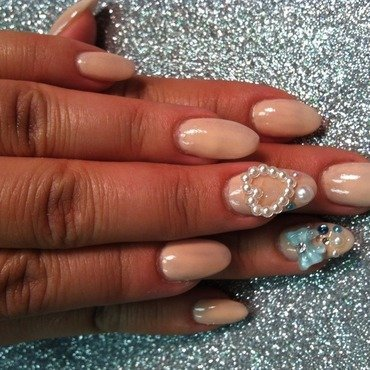 Nude and Art nail art by Vicki