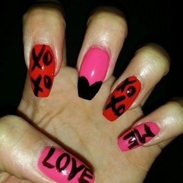 "You love me like ""XO"" nail art by Chloe Horton"