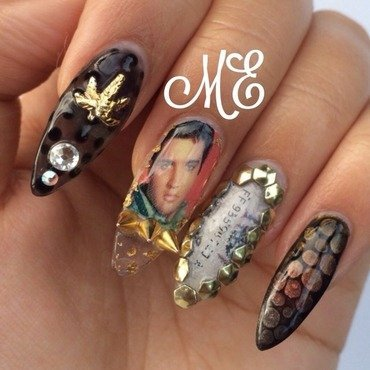 Outspoken mix and Match nail art by Miriam