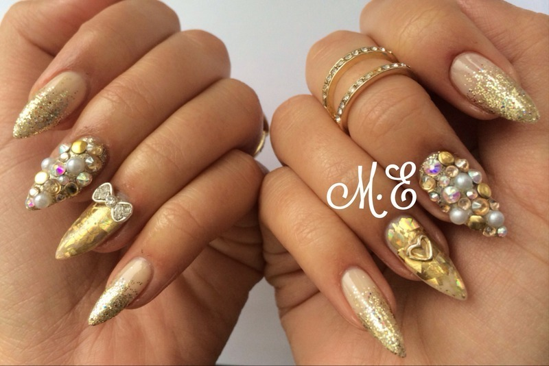 Golden Glamour nail art by Miriam