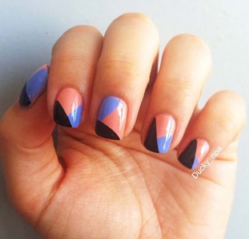 Freehand Tricolor nail art by Ducky_npa (Lili)