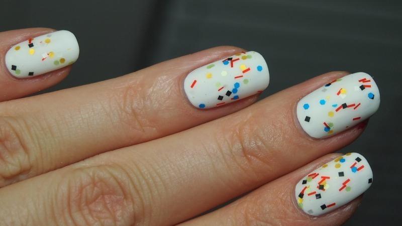 Circus Nails nail art by Alicja