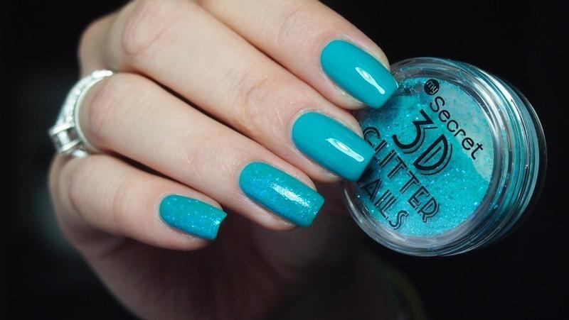 3d Glitters nail art by Alicja