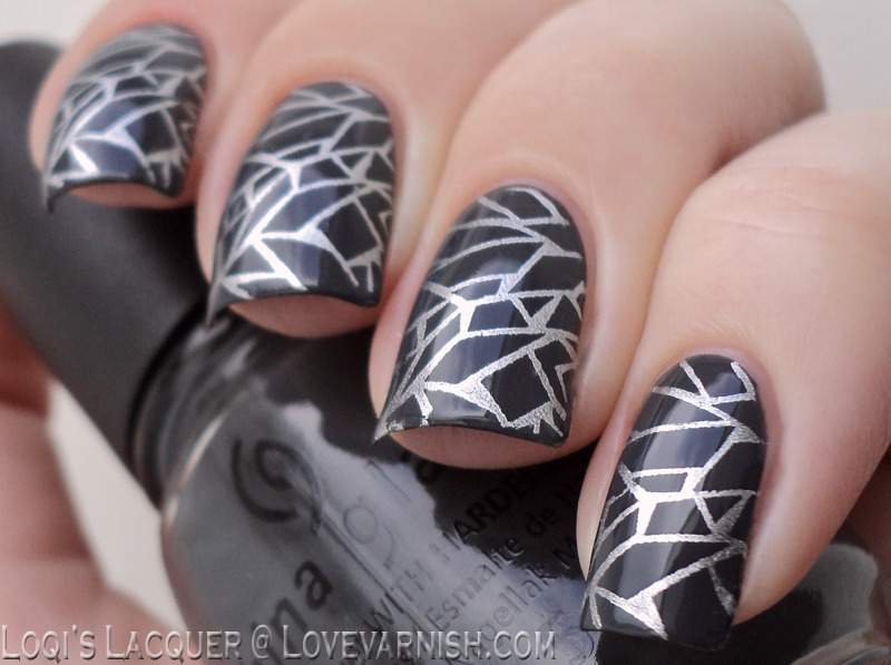 Stamped cracks nail art by Loqi