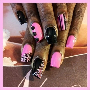 Bubblegum Pink & Black nail art by Lady NyCole