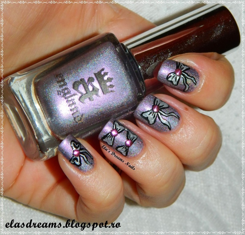 Bow Nails nail art by Ela's Dreams