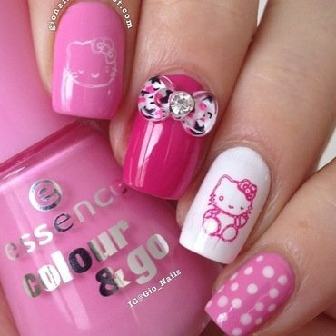 Hello Kitty nail art by Giovanna - GioNails