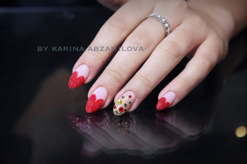 Love and be loved.. Happy st. Valentine's Day! nail art by Karina Abzamilova