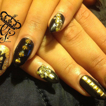 V nails nail art by G's Nails N' Creations