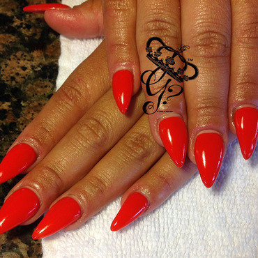 Redstiletto thumb370f