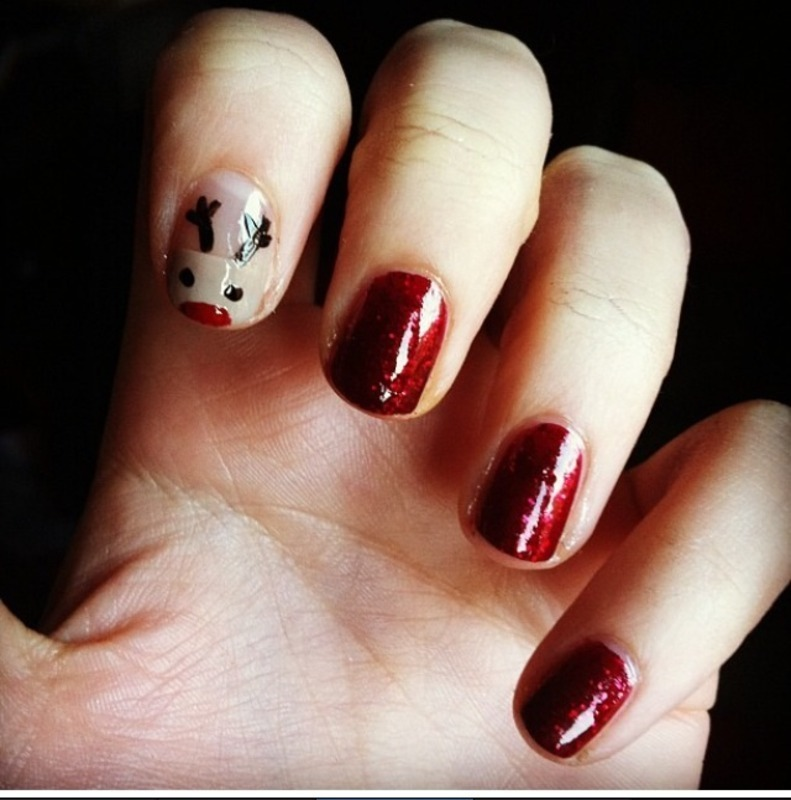 Christmas nails nail art by Lili
