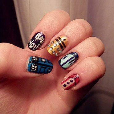 Doctor Who Nail Art nail art by Enni