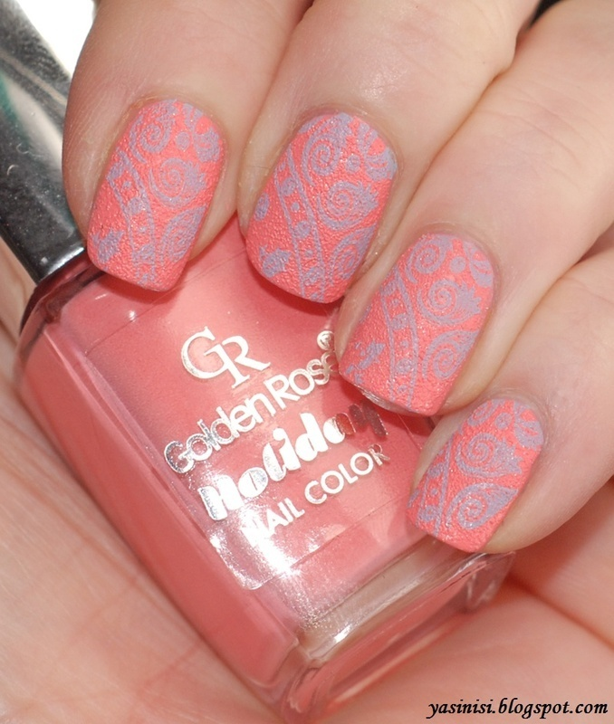Red Angel RA-102 on Golden Rose Holiday #66 nail art by Yasinisi