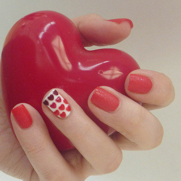 Manicura corazones degradado blanco2 thumb370f