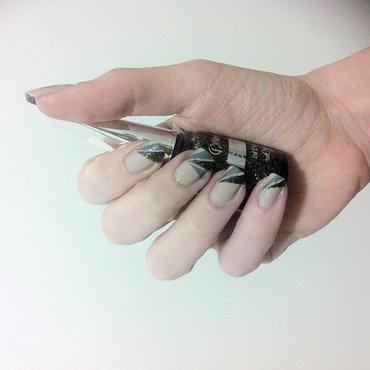 Striping Inspired nail art by Liron