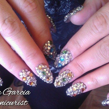 Bling me up Shawty! nail art by Sonia Garcia