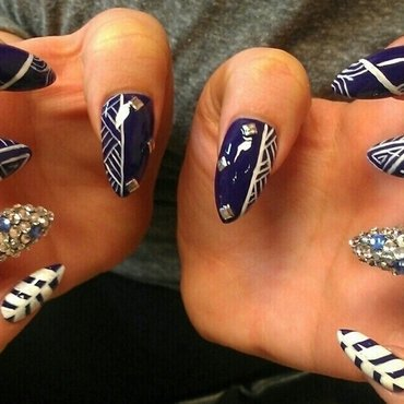 Let's get tribal! nail art by Sonia Garcia