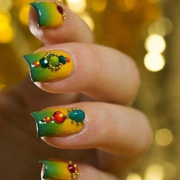 Indian Jewelry nail art by  Petra  - Blingfinger