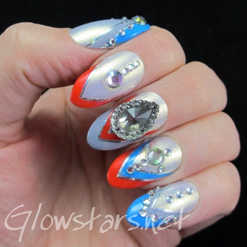 I'll compensate your greed with broken hearts nail art by Vic 'Glowstars' Pires