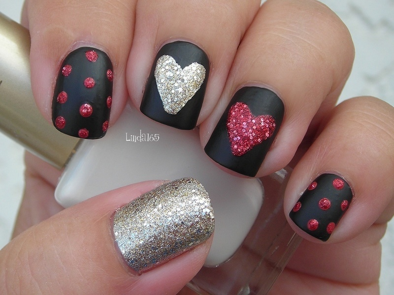 Sparkly Hearts on Black Matte nail art by Iliana S.