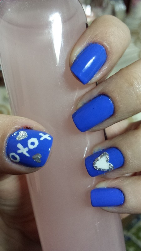 Blue Valentine love nail art by Elina