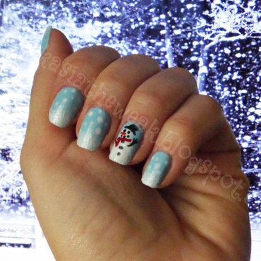 Winter manicure - snowman nail art by Kasia