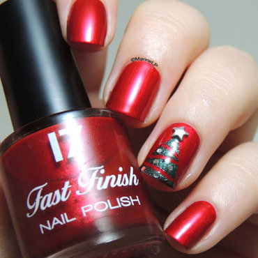 Christmas Tree nails nail art by Marine Loves Polish