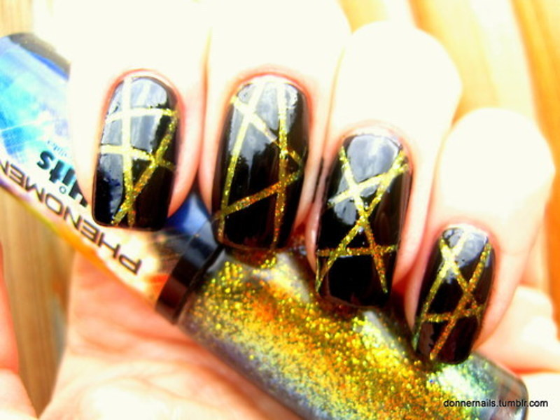Laser nails nail art by Donner