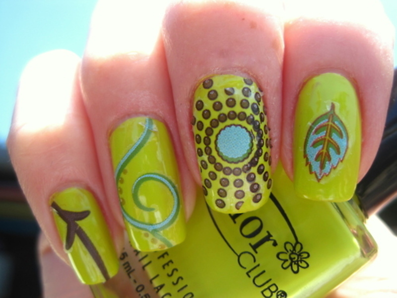 Design nail art by Donner